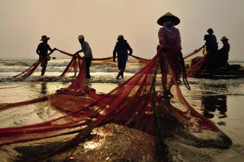 Gather fishing net