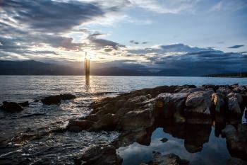 Sun light-tower