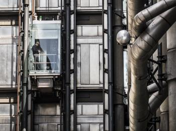 External lift in futuristic building