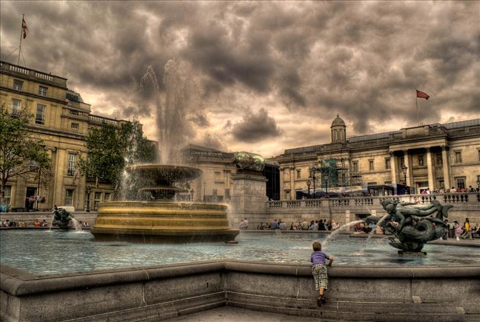 Nuvole su Tragalgar Square (Foto: tecnica HDR)