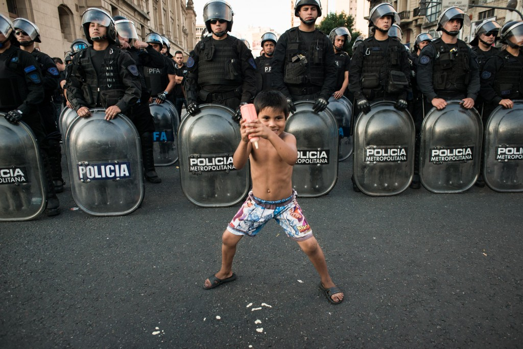 SOCIAL  Marco Brecciaroli Rebel Mayo